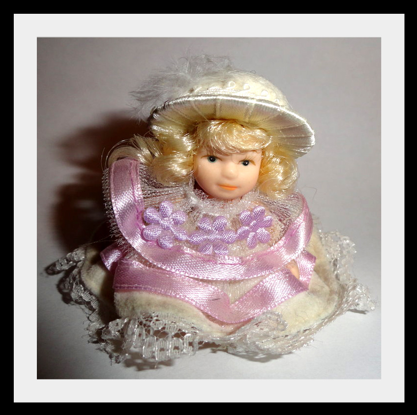 kykjlka1 Фарфоровые куклы (продолжение)