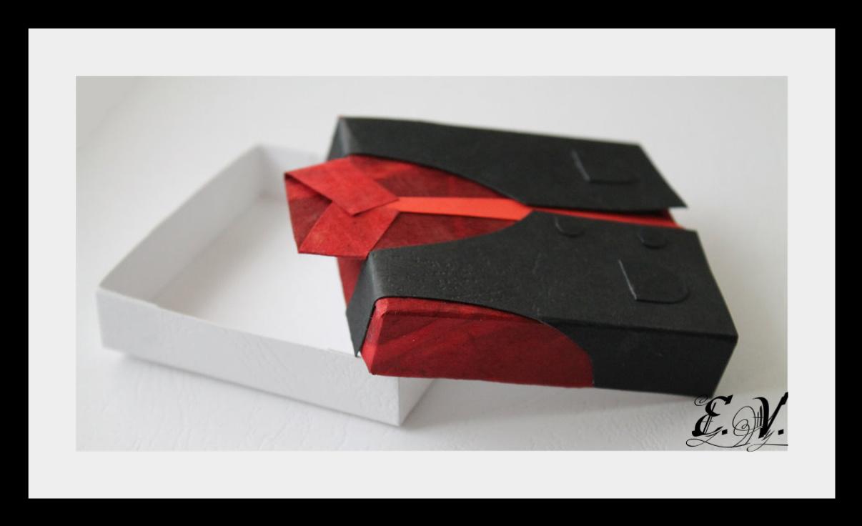 korobo4ka myzskaya7 Упаковка для подарка в виде Жилетки