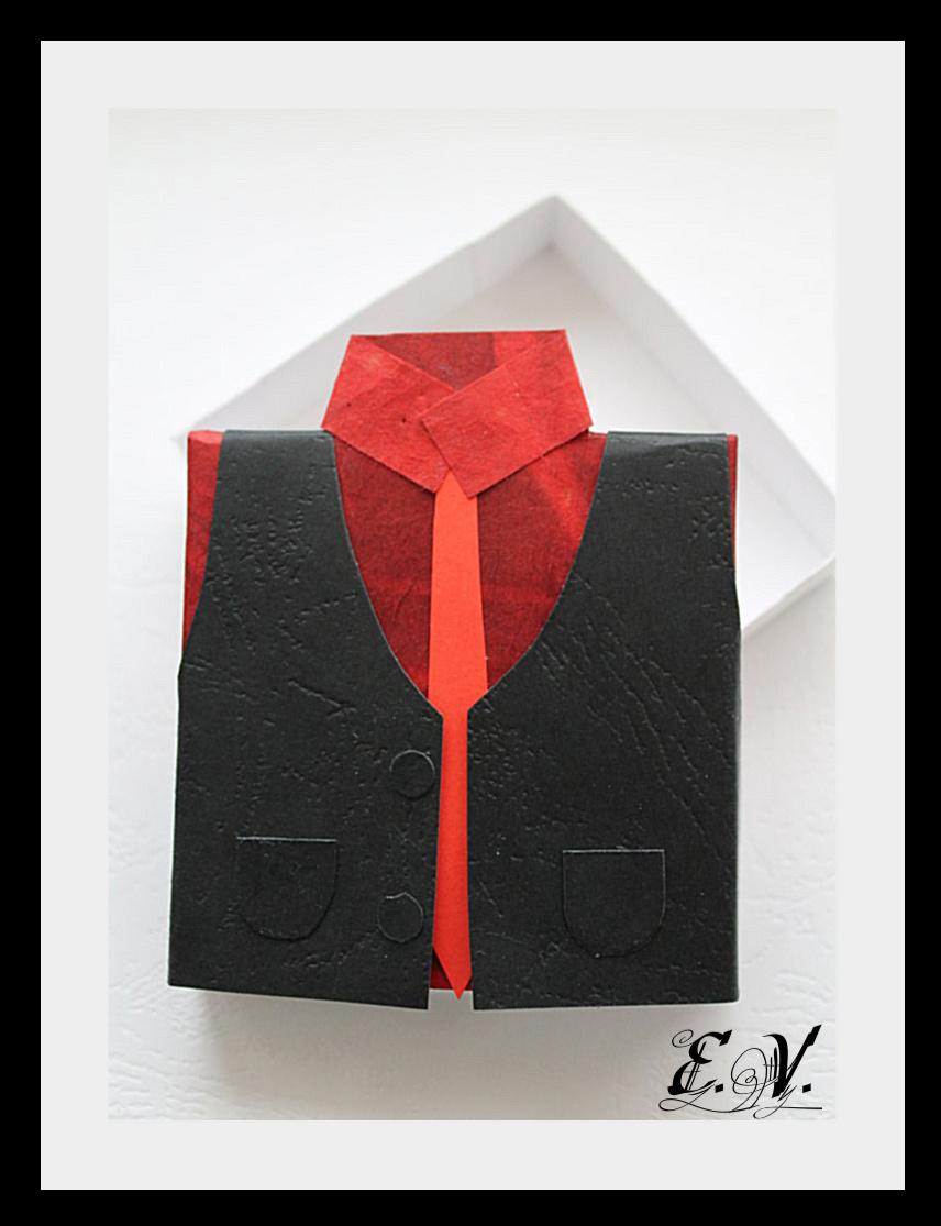 korobo4ka myzskaya8 Упаковка для подарка в виде Жилетки