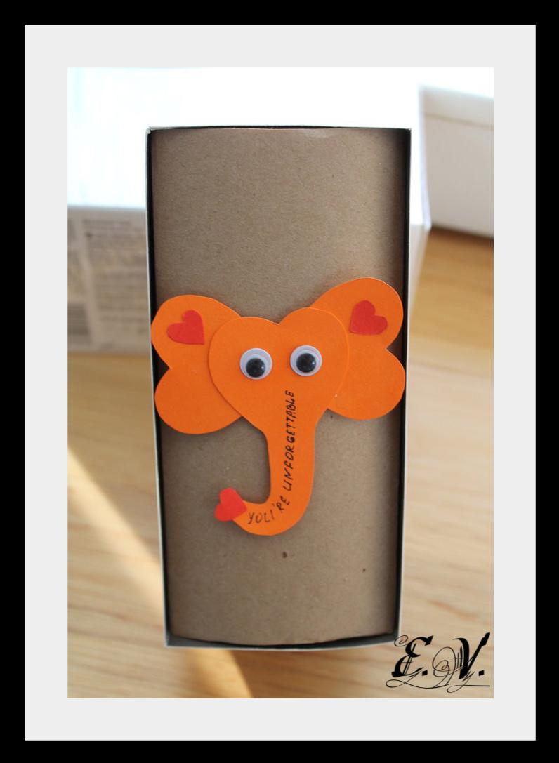 slonik3 Упаковка подарков   веселый слоник
