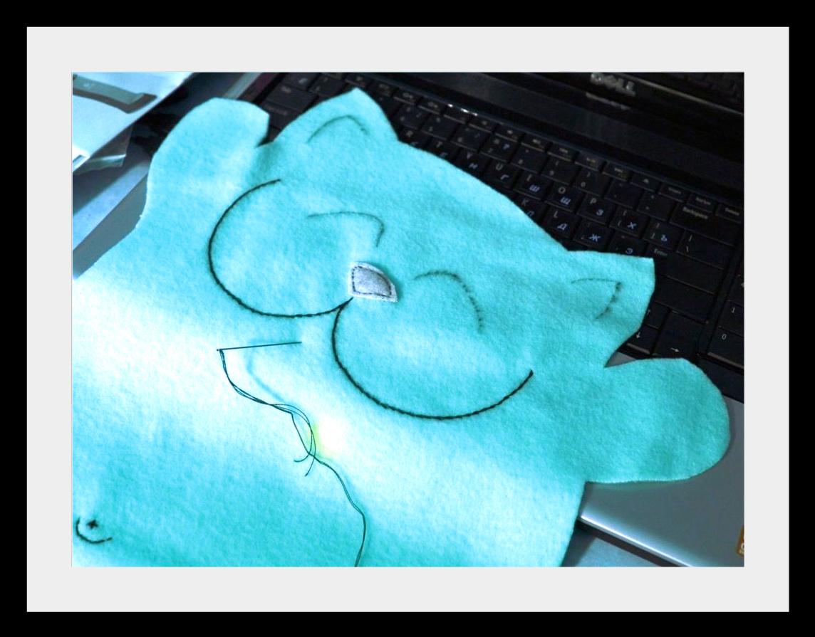 Kotu iz flisa2 Мягкие игрушки: веселые коты
