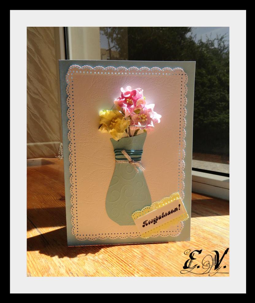 cveto4naya vaza Еще одна прелестная ваза с цветами